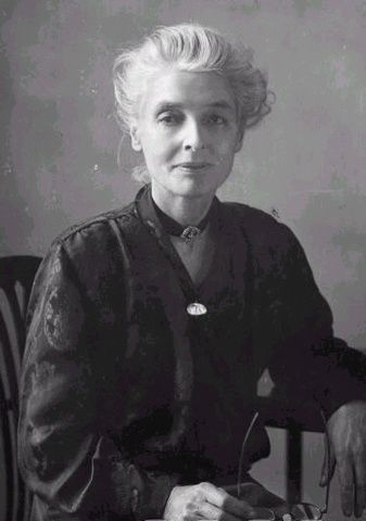 "beatrice potter webb ""on the face of it, it seems an extraordinary end to the once brilliant beatrice potter (but it is just because it is not an end that she has gone into it) to marry."
