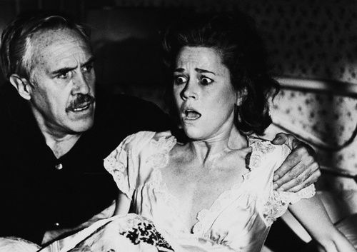Jane Fonda y Jason Robards en Julia (1977)