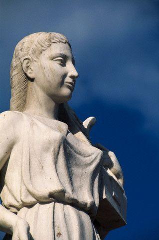 Safo de Lesbos (o de Mitilene); obra poética. Cultura antigua Safo_de_lesbos_06